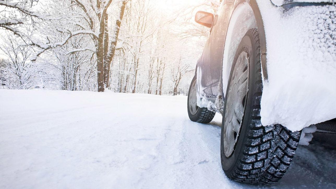 Quatre ( très bons) conseils pour protéger sa voiture du froid et gel